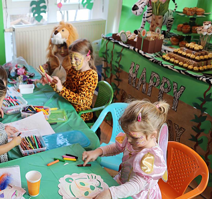 Kinder_Geburtstag_Betreuung_Spiele_Tiere_Verkleiden_Kinderschminken_Zuhause_m�nchen_Spa�_Bastel_Malen