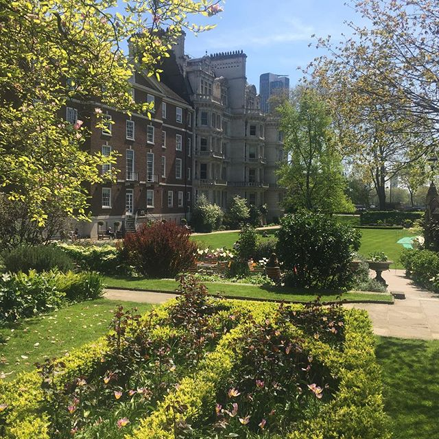 Great meeting at @middletemple1  with @endorsesocial.co @admirablecrichton and @thecocktailservice for the @kclsu Garden Party.  #nofilterneeded #startofsummer