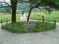 250px-Gelert's_Grave