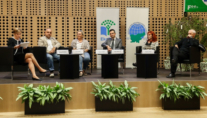 "The Round Table - ""Experiences and lessons learnt from cooperation with the programme Eco-Schools and different stakeholders"""
