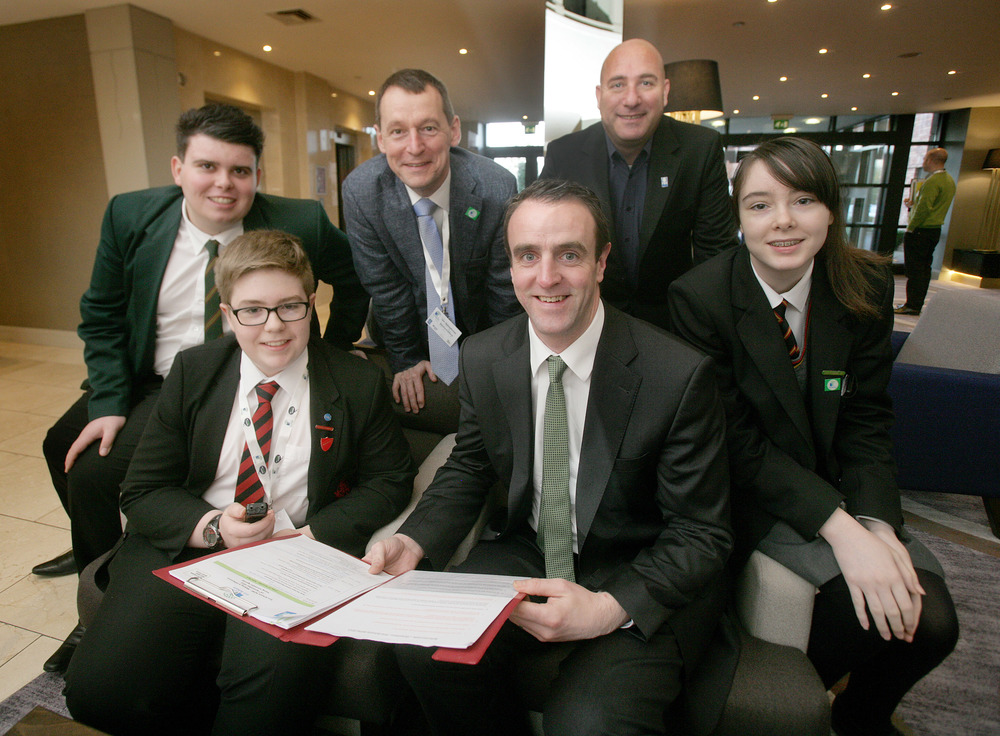 Pupils from Lagan College, Belfast and Rainey Endowed School, Magherafelt were there to report on the proceedings.  L-R Nicolas Jamison, Lagan College; David Eagleson, Rainey Endowed; Dr Ian Humphreys, CEO Keep Northern Ireland Beautiful; Mark H Durkan MLA, Minister of the Environment; Daniel Schaffer, CEO Foundation for Environmental Education; and Amy McCloy, Lagan College.