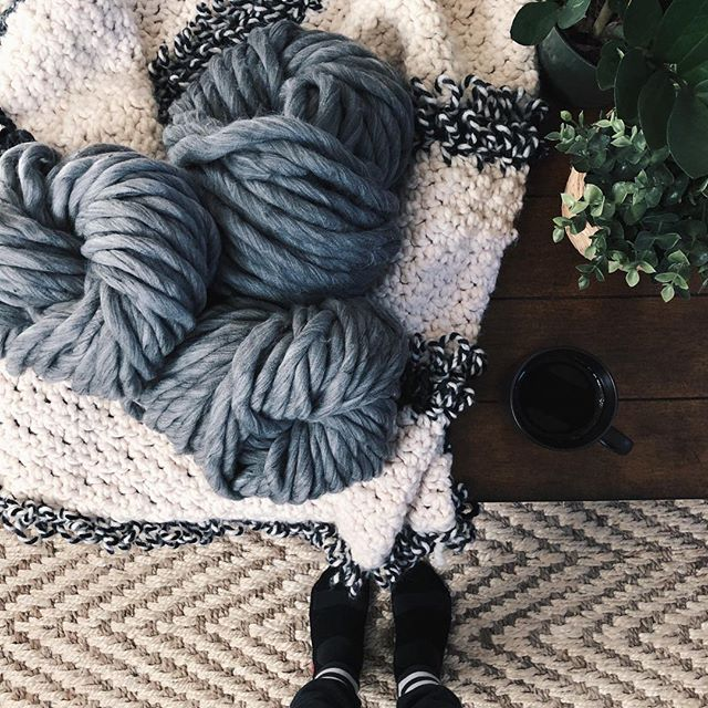 I've been cold ever since I stepped outside to see the super blue blood moon early this morning so I'm staying in joggers until at least noon. 🤭😏 . . . Ps. All yarn colors are finally restocked. 🎉 AND I know quite a few of you have been patiently waiting on blanket kits— they're coming soon I promise! 😘❤️ . . . #blanketsfordays #chunkyyarn #veganyarn #diyknitblanket #bigknits #crochetgram #crochetlove #ourmakerlife #yarnstash #yarn #handcrafted #cozyhome #cozylife #crochetersofinstagram