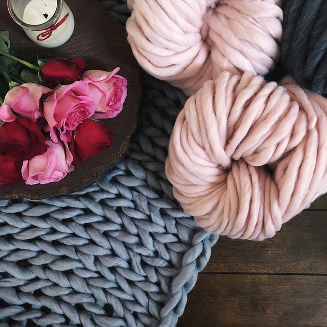 Not pictured are the cake truffles I can't stop eating. 💕😋 Happy Valentine's Day! . . . #chunkyknitblanket #chunkyblanket #crochetblanket #knitblanket #bigknits #veganhome #chunkyyarn #ourmakerlife #knittersofinstagram #crochetersofinstagram