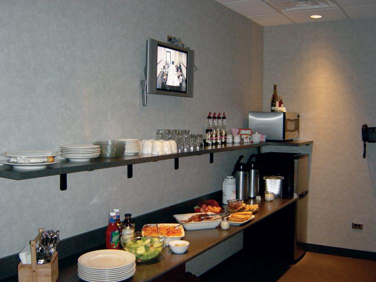 Food-Service-Lounge.jpg