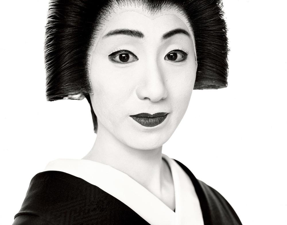 G.Förster_Geisha_Japan_2003.jpg