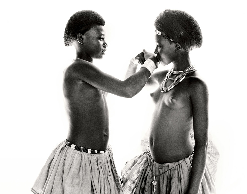 G.Förster_Hand_Kiss_Ethiopia_1999.jpg