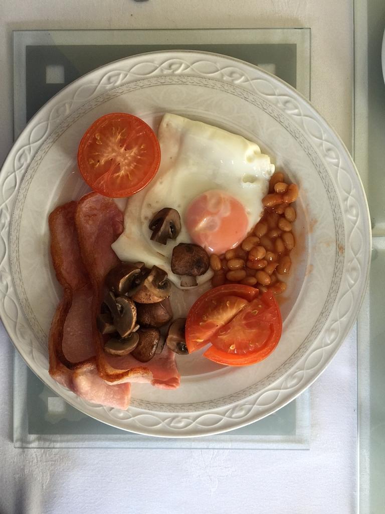 Snídaně od Duncana, Bůh nám žehnej