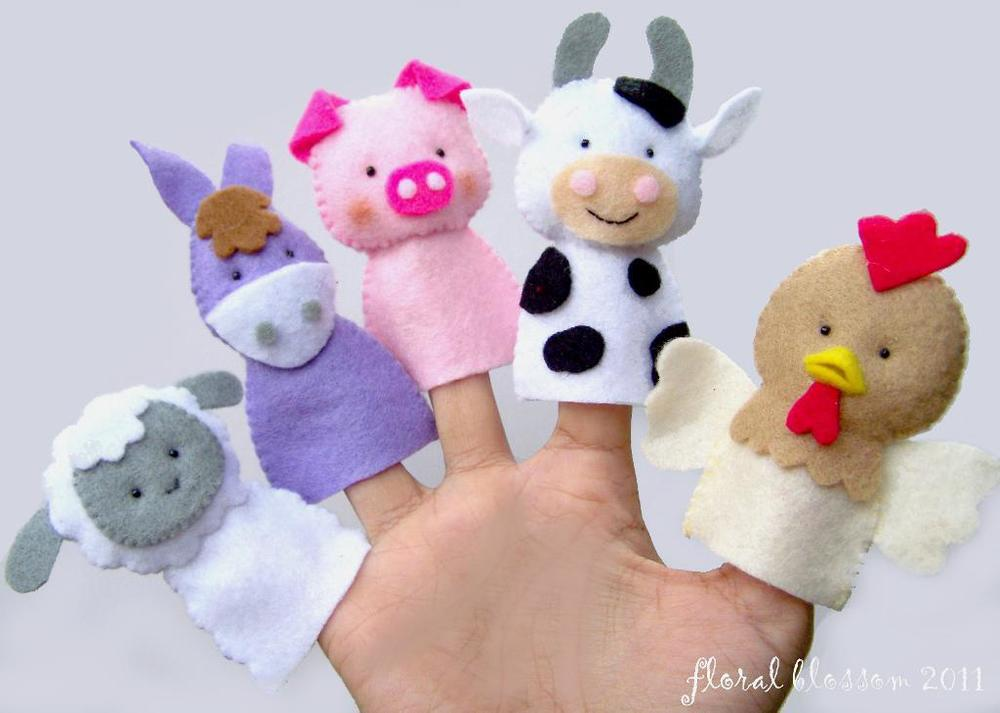 clacton-on-sea-children-photographer-finger-puppets