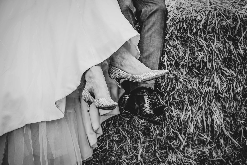 essex-wedding-photographer-farm-wedding-30.jpg