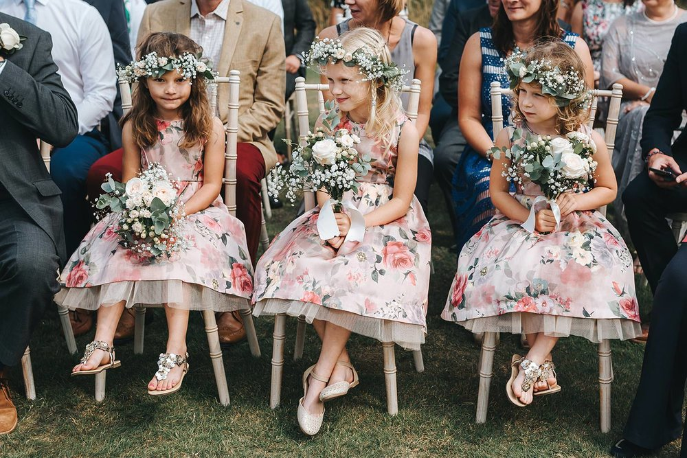 suffolk-wedding-photographer-helmingham-hall-30.jpg