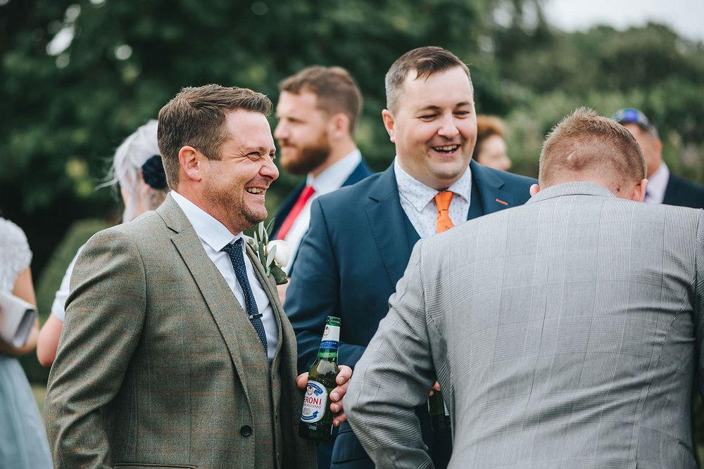 suffolk-wedding-photographer-helmingham-hall-63.jpg
