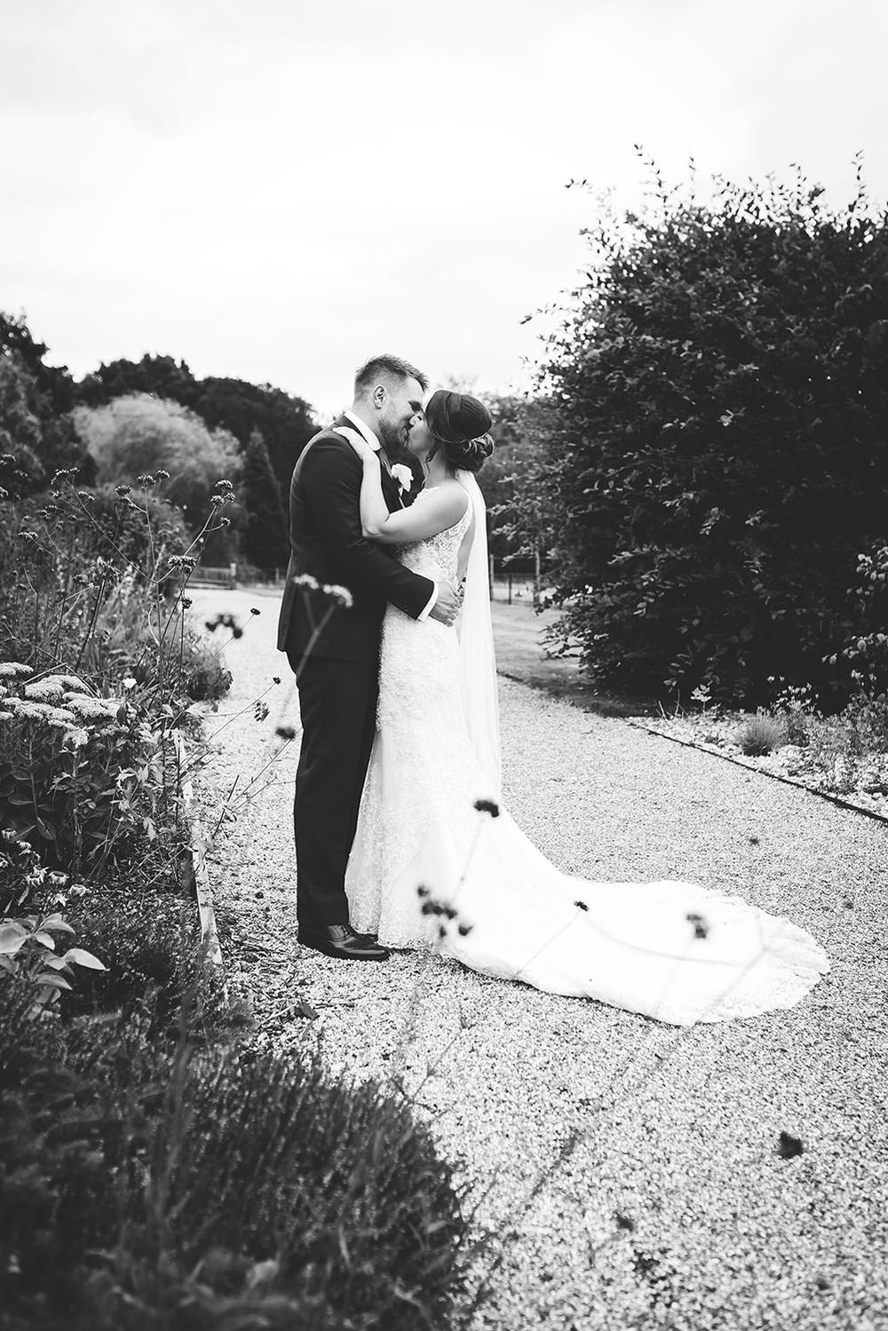 essex-wedding-photographer-gaynes-park-photographer-121.jpg