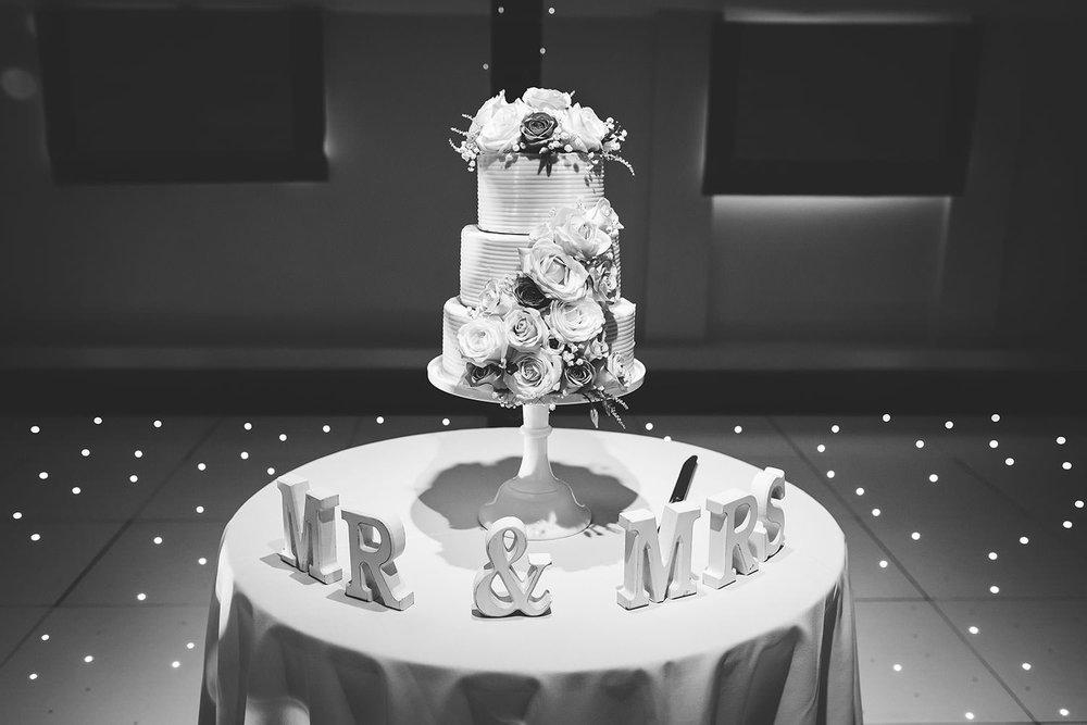 essex-wedding-photographer-gaynes-park-photographer-123.jpg