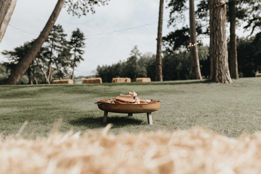 brook-farm-cuffley-outdoor-wedding-essex-7.jpg