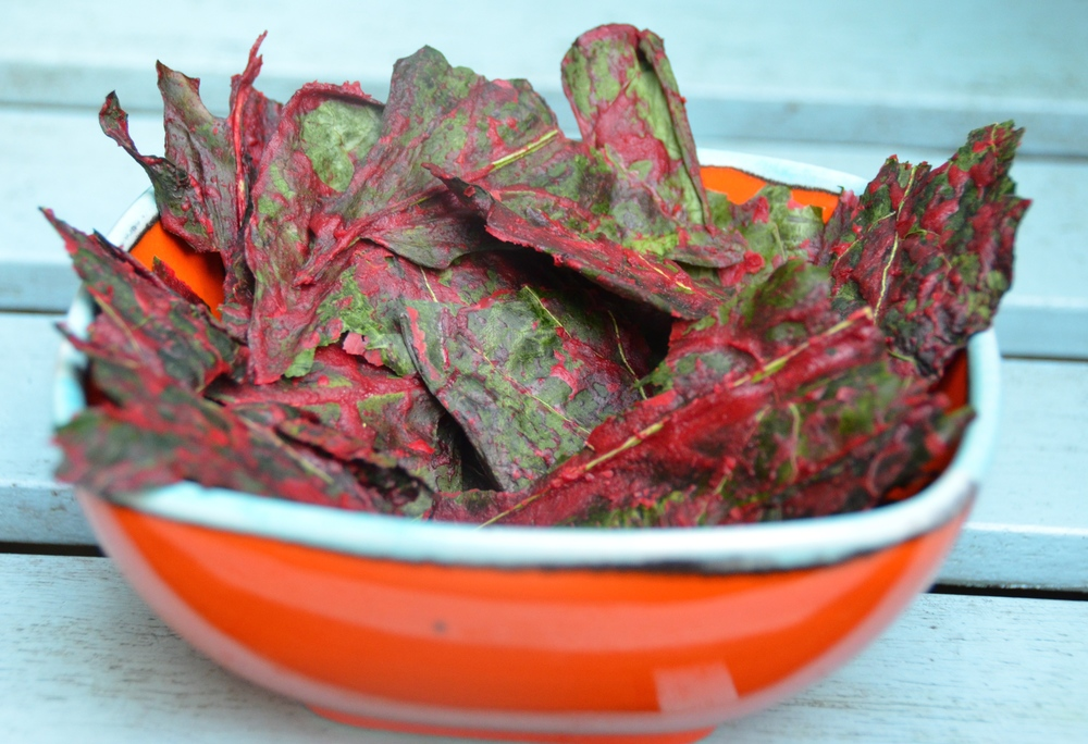 Beetroot and Cashe Nut Kale Chips