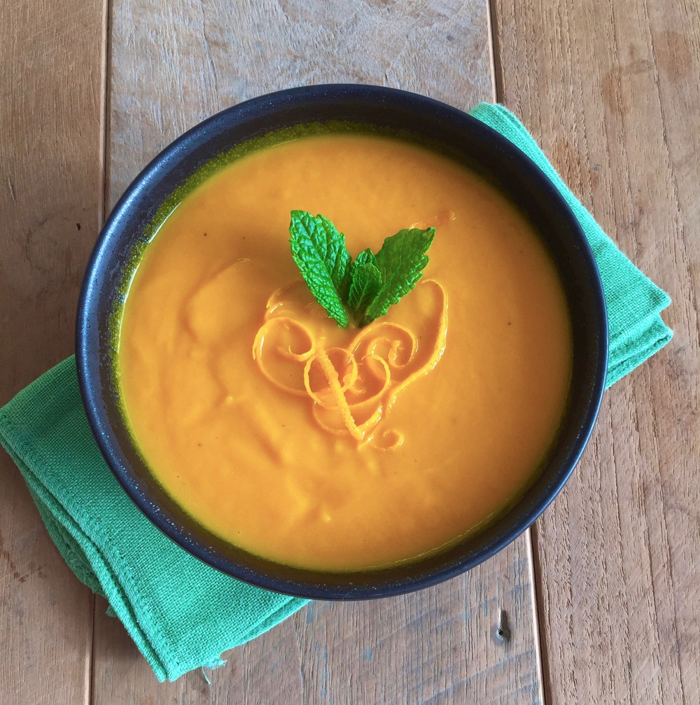 Carrot soup with orange, ginger and turmeric -