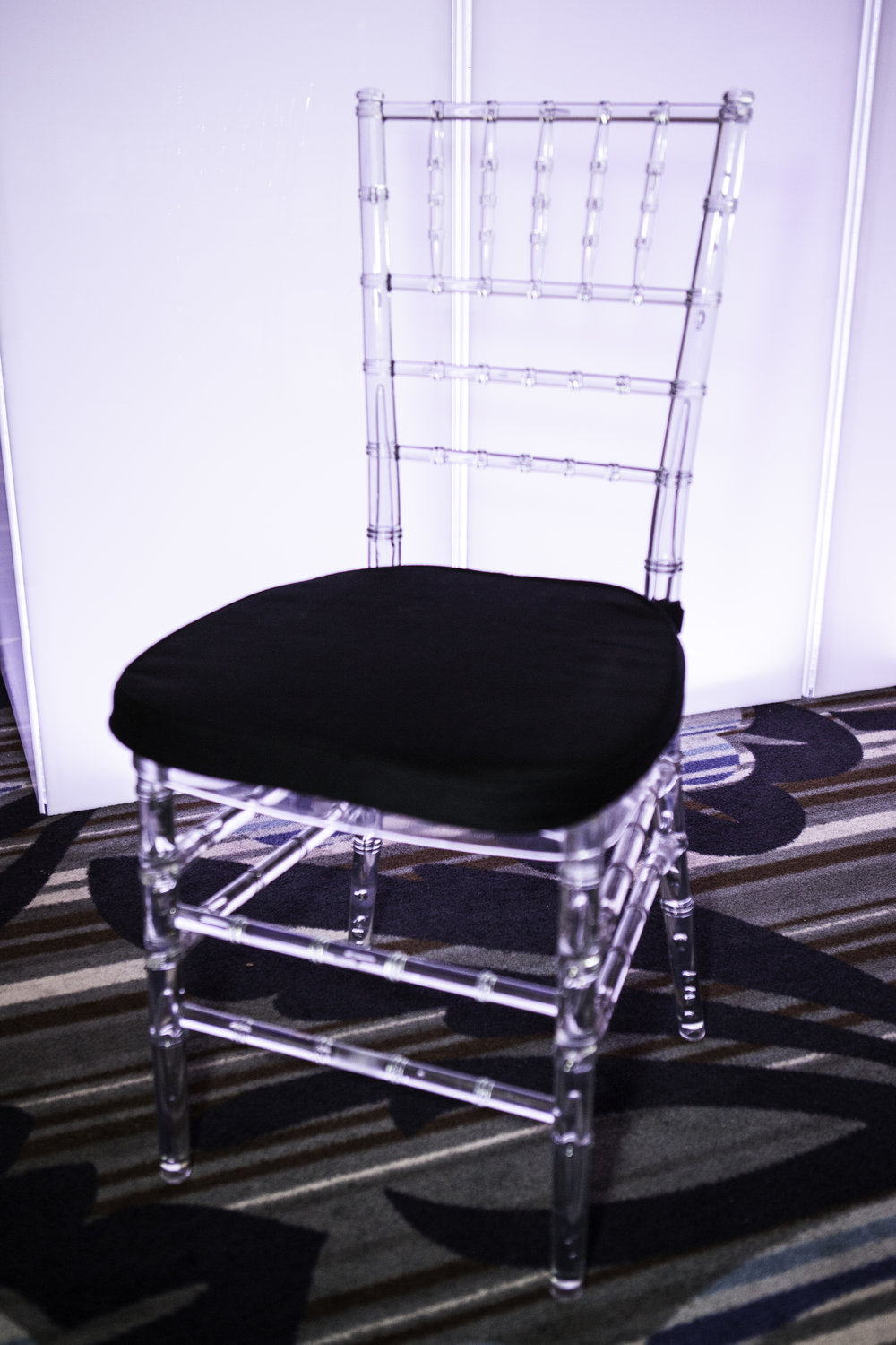 Chair- Chiavari Clear Chair w: Black Cushion_1.jpg