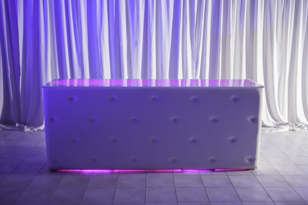 Bar- Tufted Back Bar_4.jpg