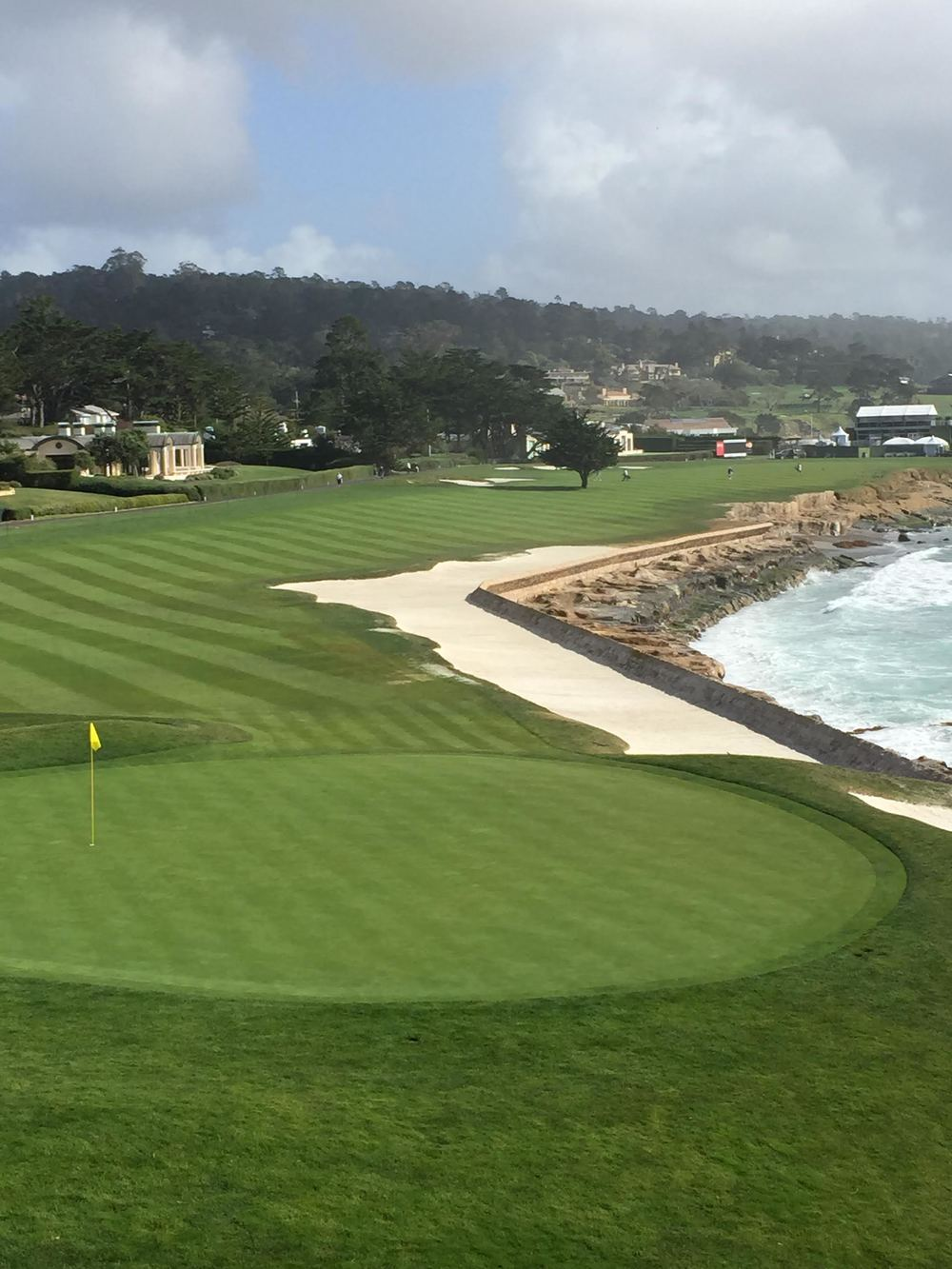 Pebble Beach.jpg