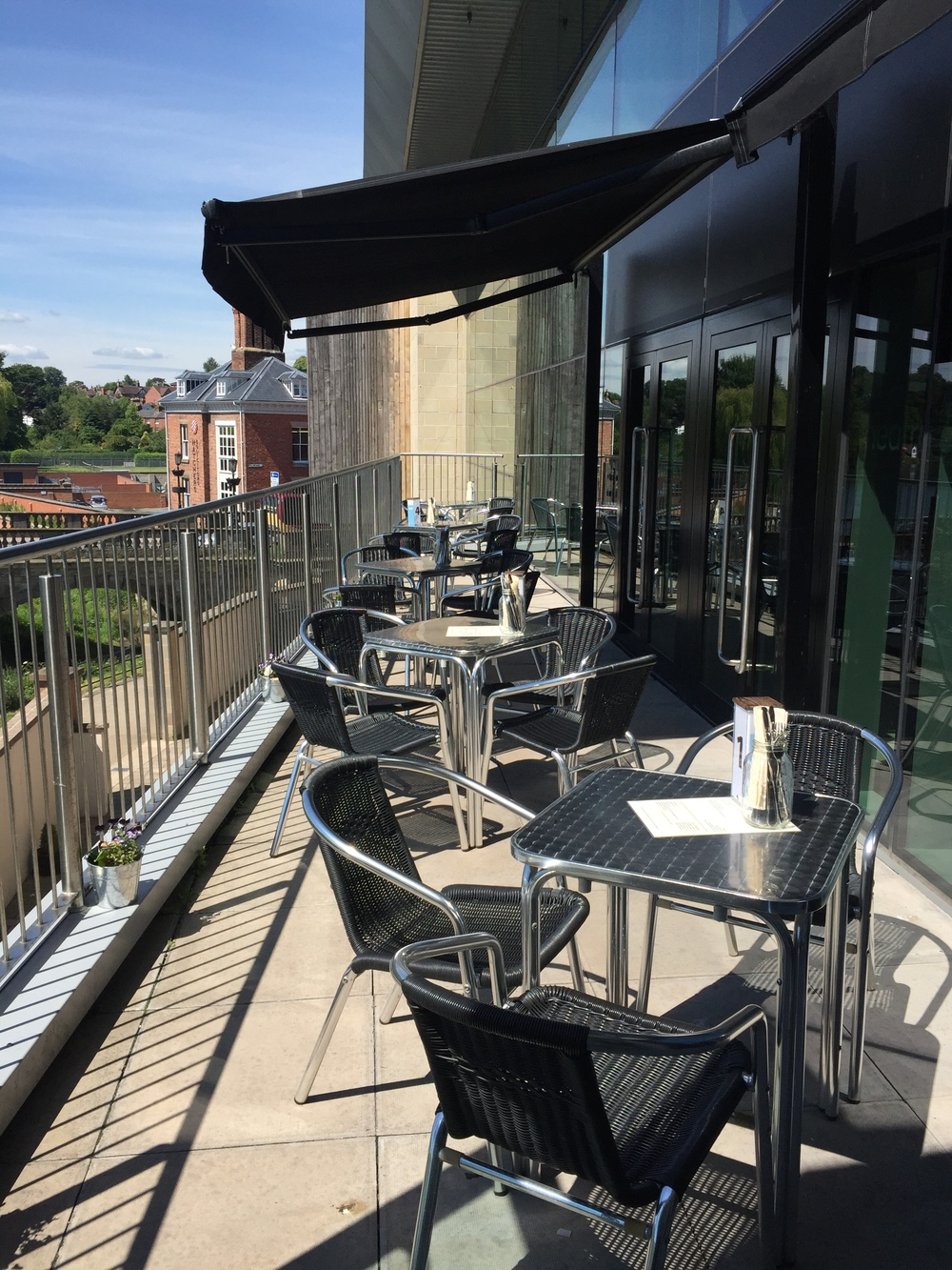 Enjoy the panoramic views over the River Severn sat out on the balcony