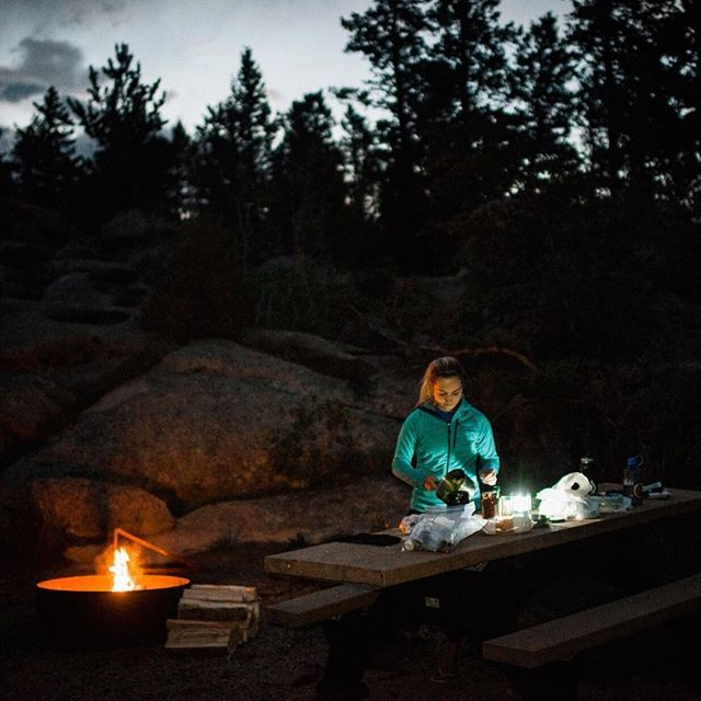 Who said your Friday night dinner plans need to require a five-star restaurant? The Wild Creatives like to turn five-stars into a BILLION stars as cook under the mountain sky! ✨ 🥘 🔥  This campout dinner we steamed veggies over the fire and added them to our pasta sauce. Then boiled noodles in our @jetboil - it was delicious and quick. Share your favorite campfire meals below and tag us with your camp cooking this weekend by using: #wildlycurious 🙌🏼🙌🏼 ⛺️ ⛺️ ⛺️ ⛺️ ⛺️ #hiking #adventure #optoutside #wanderlust #tellon #mygear #getoutside #goparks #findyourpark #mountains #outsideculture #rei #seekadventure #loweprobags #gadv #igkansascity #exploretocreate #findyourselfoutside #campingcollective #campingvibes #GTVadventures #weareOUTDOOR #defendersoffun #forcesofnature #campcooking #campingtips #letscamp