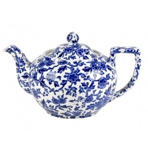 How darling is this teapot?