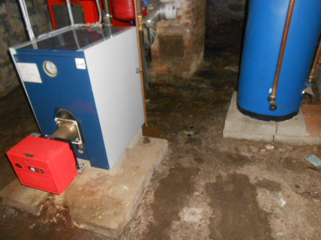 Dirt Floor - Heat & Hot Water System
