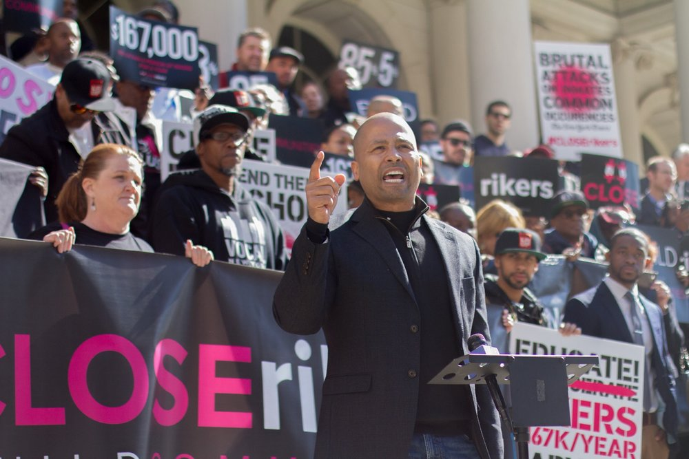 On New York City Hall steps addressing #CLOSErikers campaign supporters