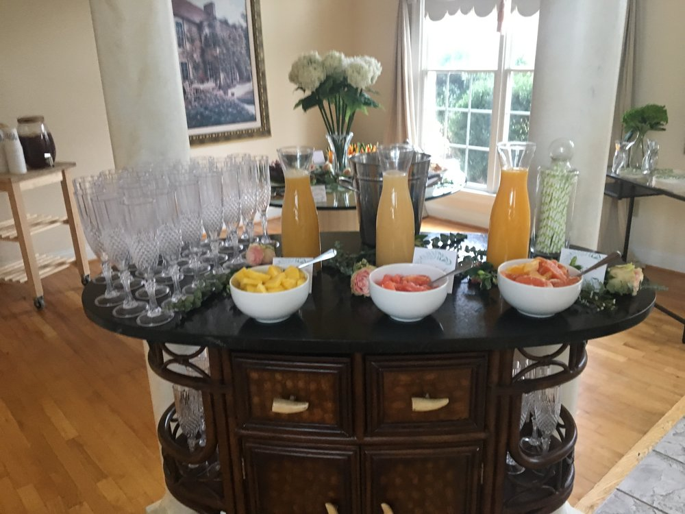 mimosa bar...duh! my new favorite mimosa is champagne and fresh pineapple juice