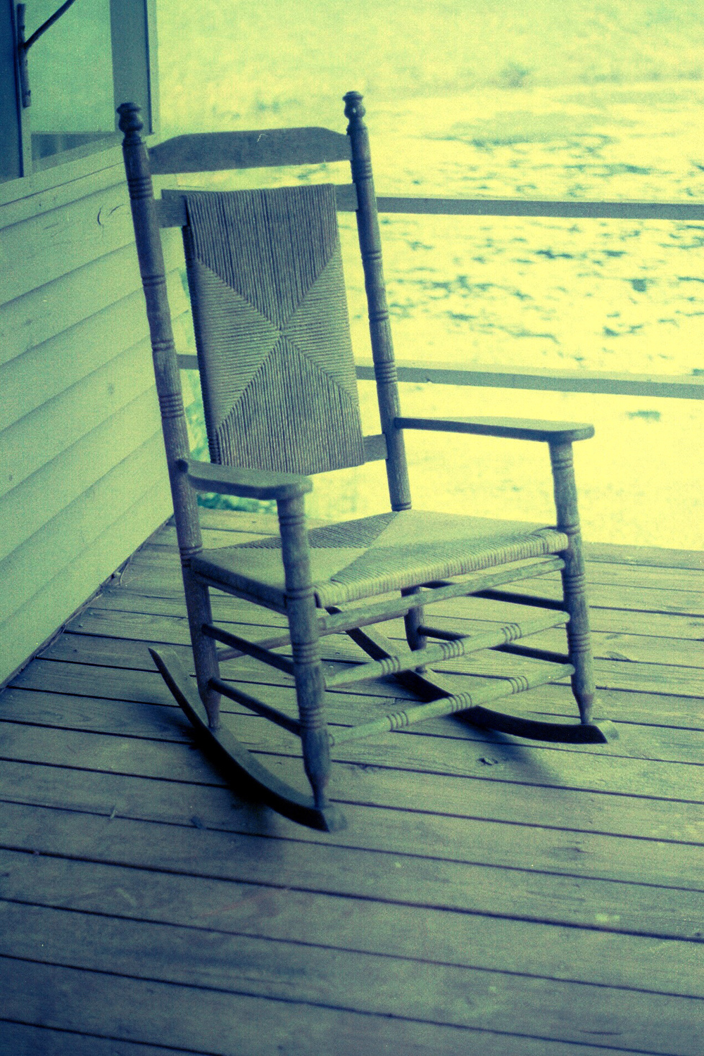 rocking_chair_35mm_film
