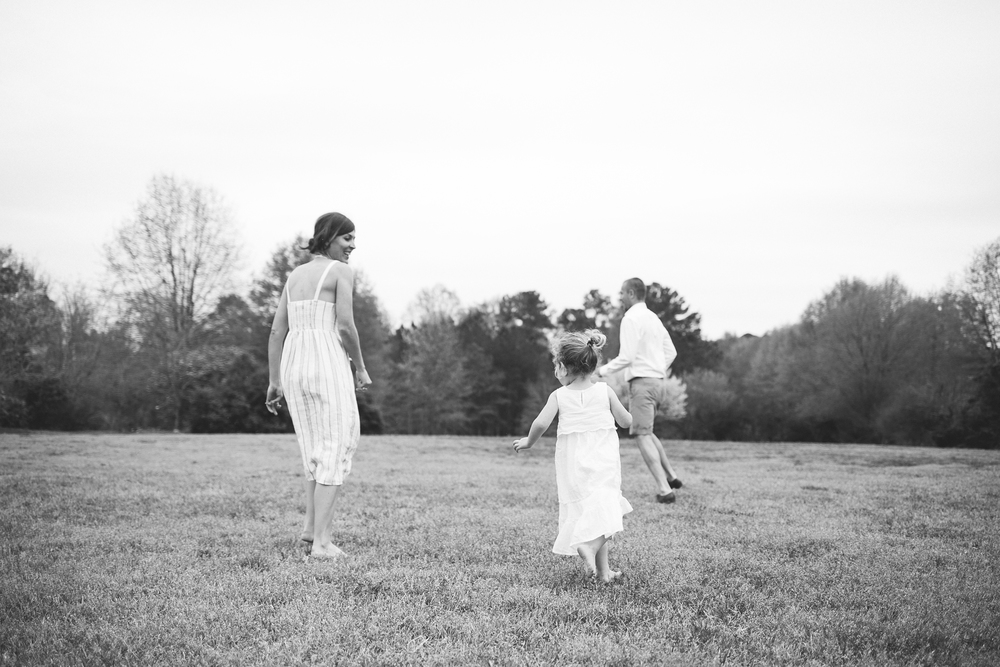 family_candid_field