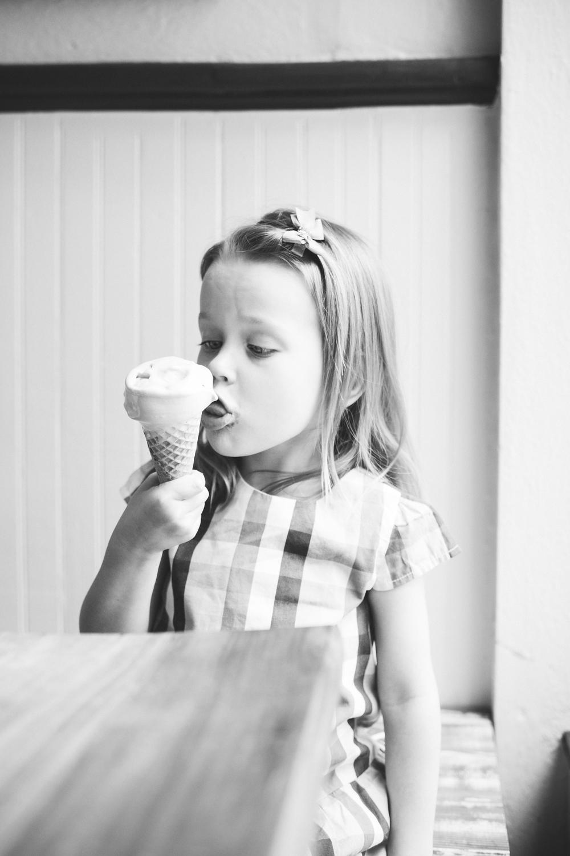 ice_cream_cone_kid_1