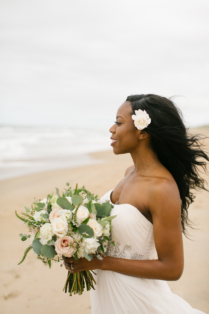 obx_beach_wedding_bride