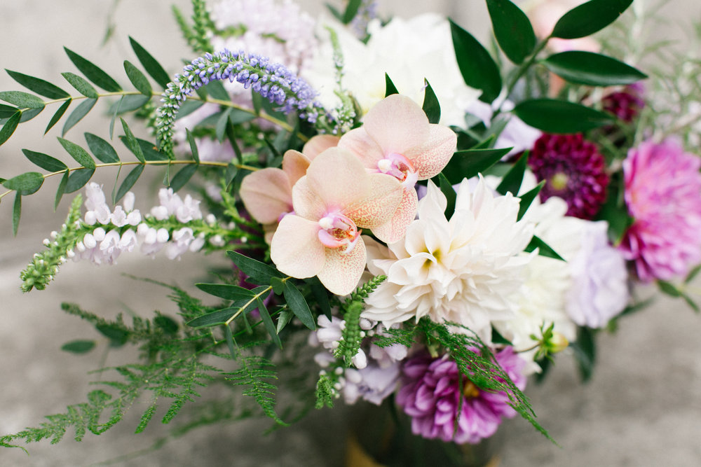 pine_state_flowers_bride