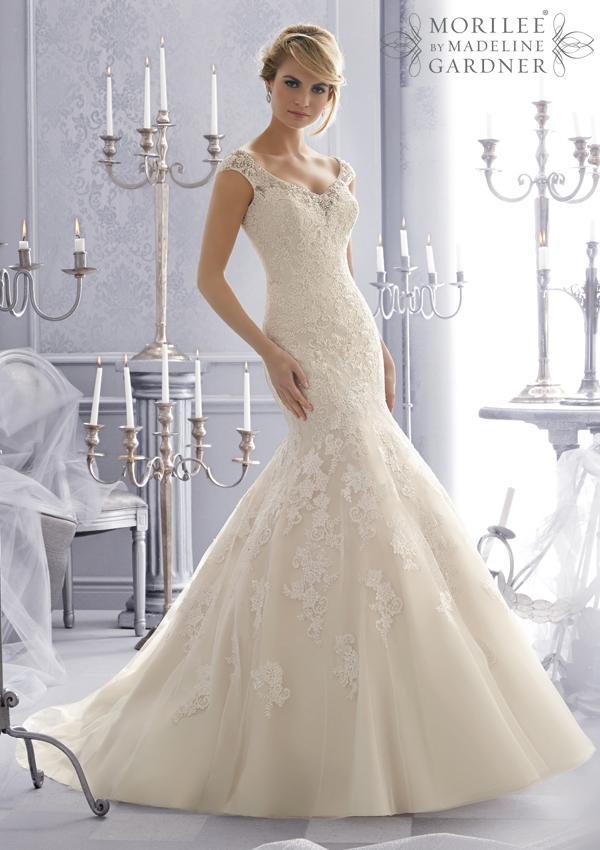 bg_bridals_dresses_bridal_2672_0.jpg.jpg.jpg.jpg