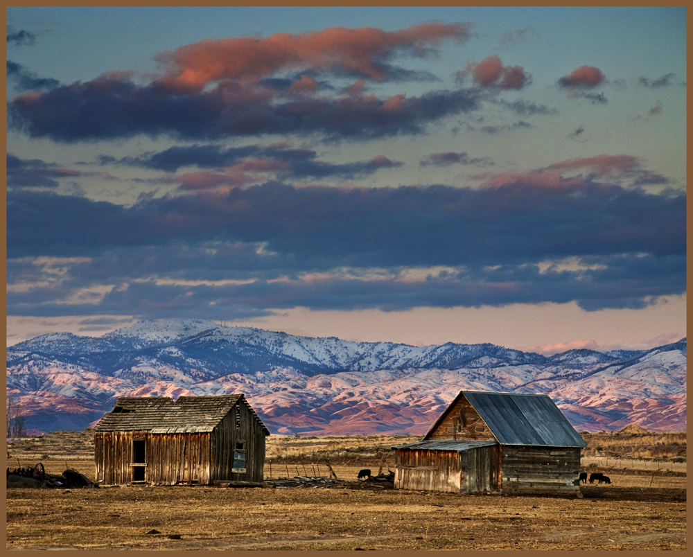 10 mile creek road south of Boise, Idaho. Photo by Charles Knowles.