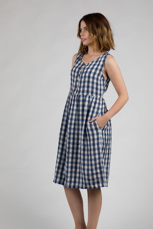0485fcb2cd1 ... MIDI DRESS Linen-Dress- Model-No-24-France-1964-Check-