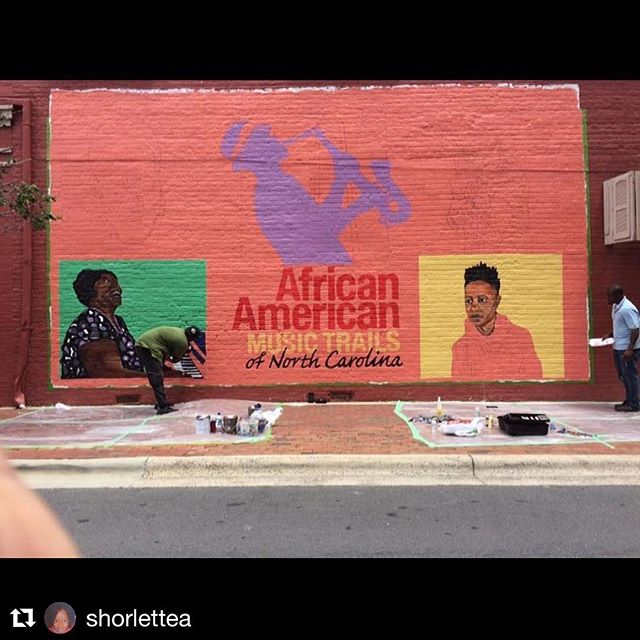 So...evidently I'm on a mural in my beloved neck of the woods (well, close). Things I ain't even know were on my bucket list. Thank you #africanamericanmusictrail I'm honored and so is my momma @jannetteevans ❤️