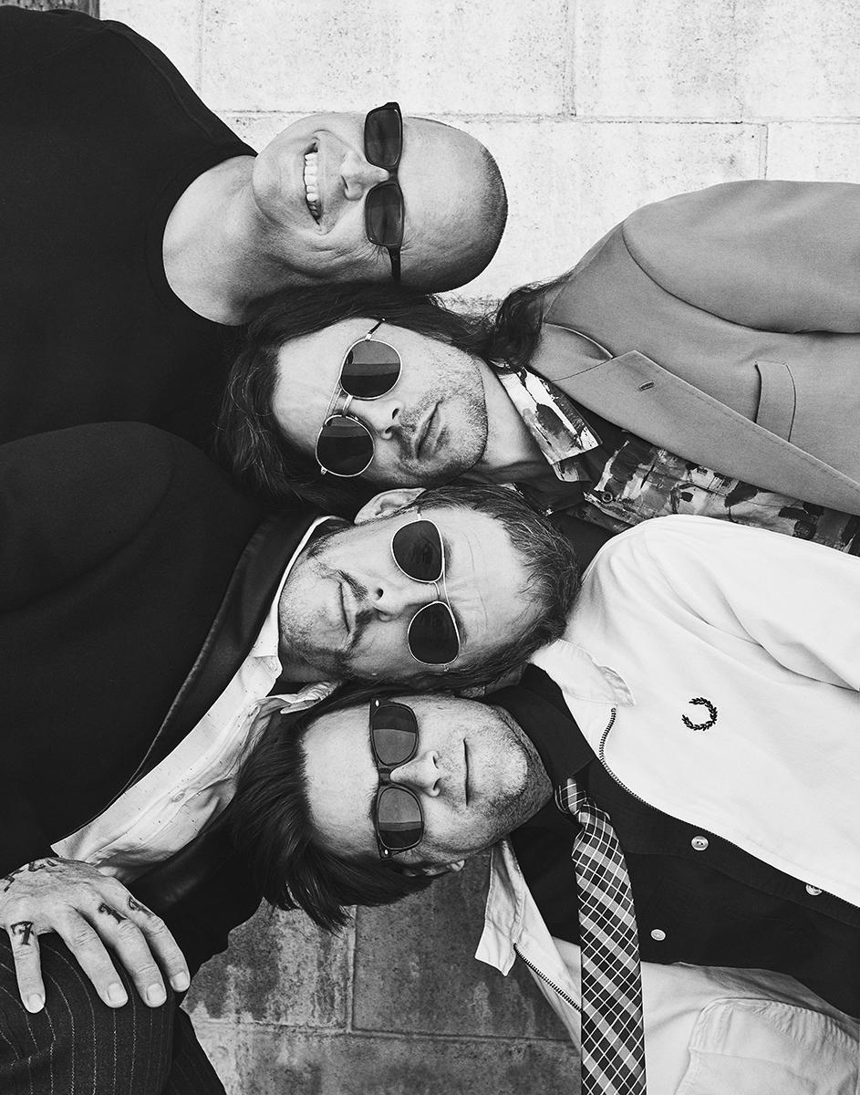 Billboard-Weezer-Shot03-48.jpg
