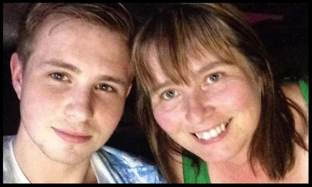Shane Ridge with his mother, Sue Ebbs.  Photograph: Mercury Press & Media