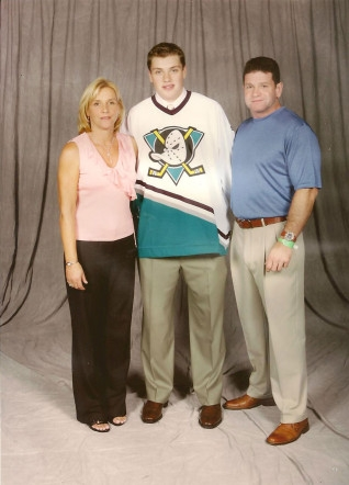 Ryan with his parents after being drafted into the NHL in 2005