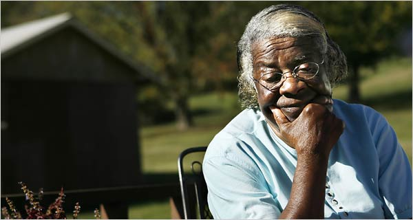 Virginia Gordon of Pulaski, Tenn., was a friend of Ms. McElroy, a convicted murderer who had escaped from prison in 1972.