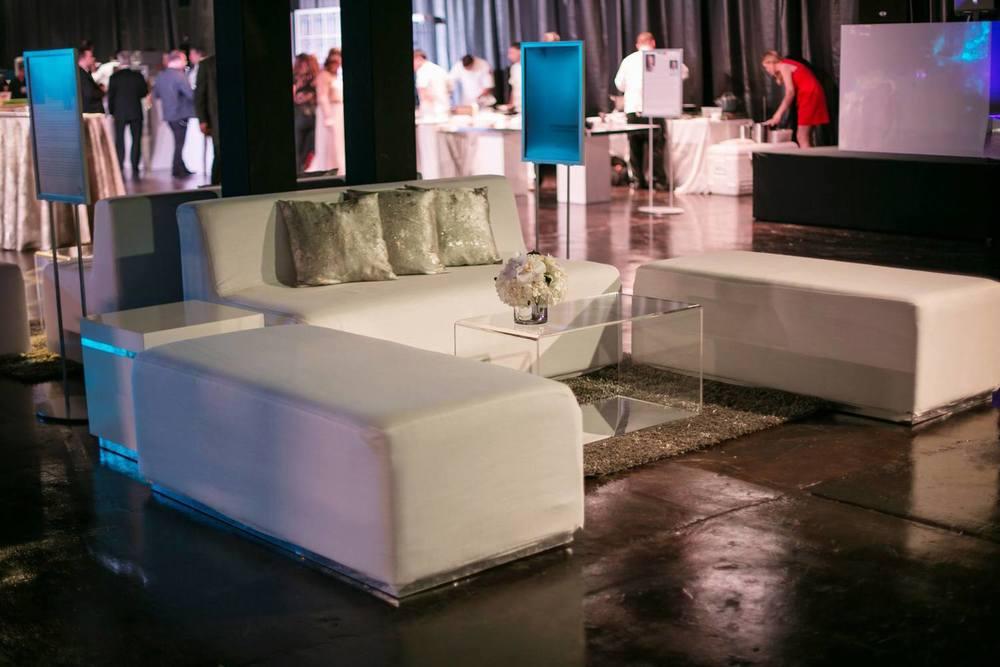 sylvester lounge.jpg