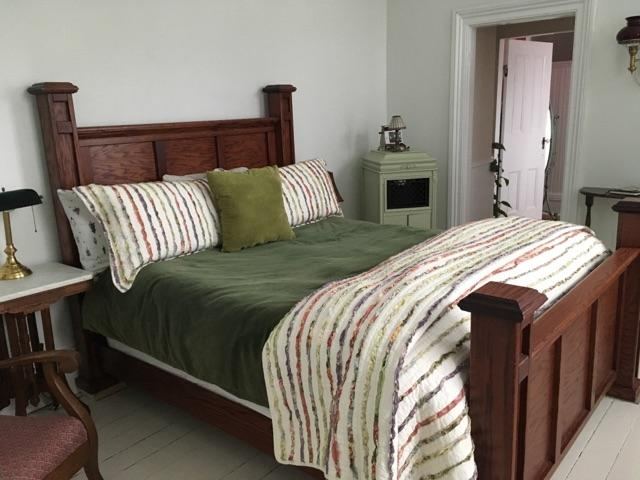 1865 Bed vintage coverlet.jpg