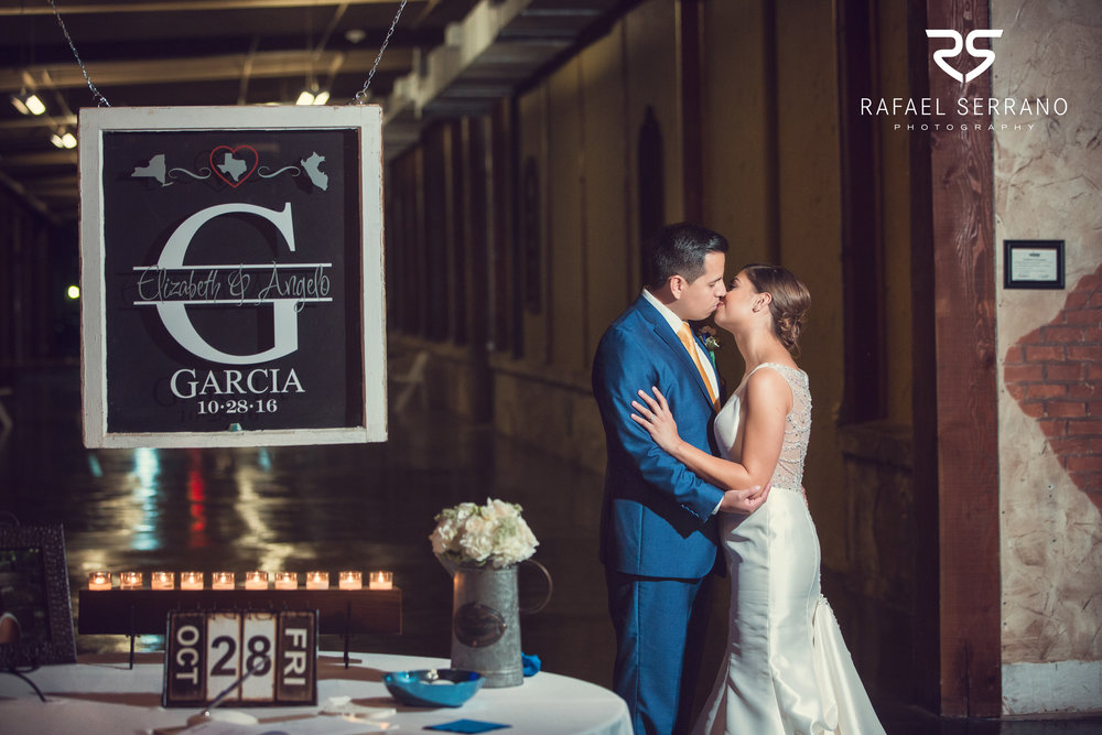 The Cotton Mill in Mckinney weddings032.jpg