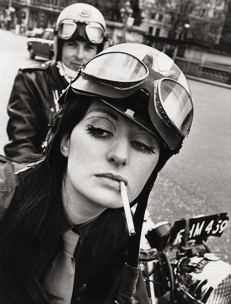 Live it to the Hilt - Renee, Westminster Bridge, 1968