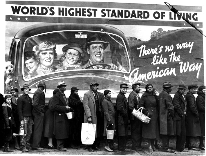 Margaret Bourke-White - At the time of the Lousiville flood 1937, Margaret Bourke-White