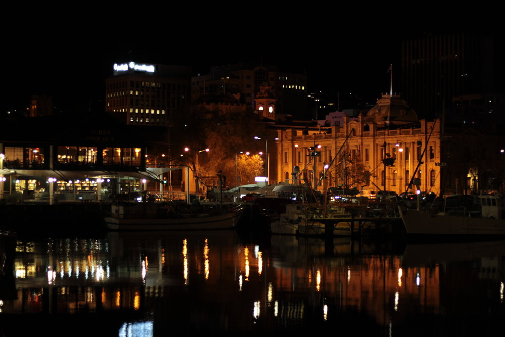 Hobart by night