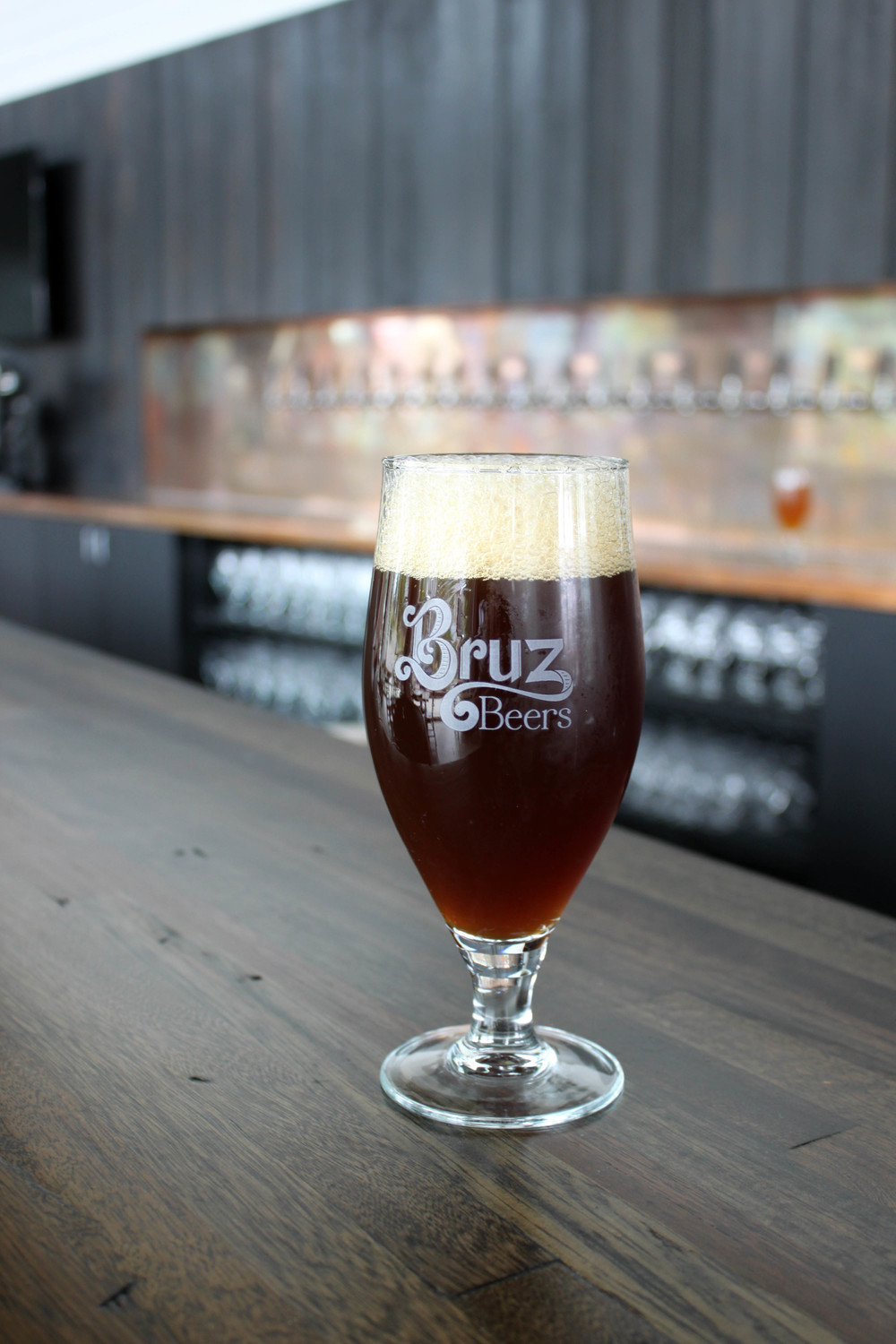 Styl Photo Bruz #2: Trubbel Is A Rich, Malty, Mahogany Colored, Monastery Style Ale Thatu0027s Big  On Flavor And Finesse. A Complex Malt Bill - Including Pilsner, Munich,  Aromatic, ...