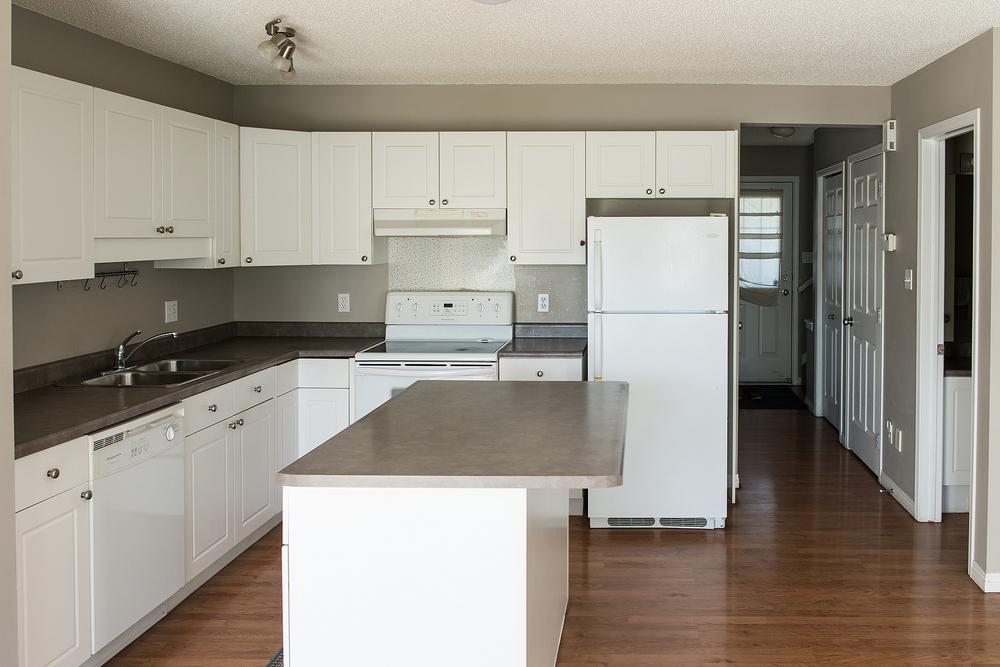 kitchenside.jpg
